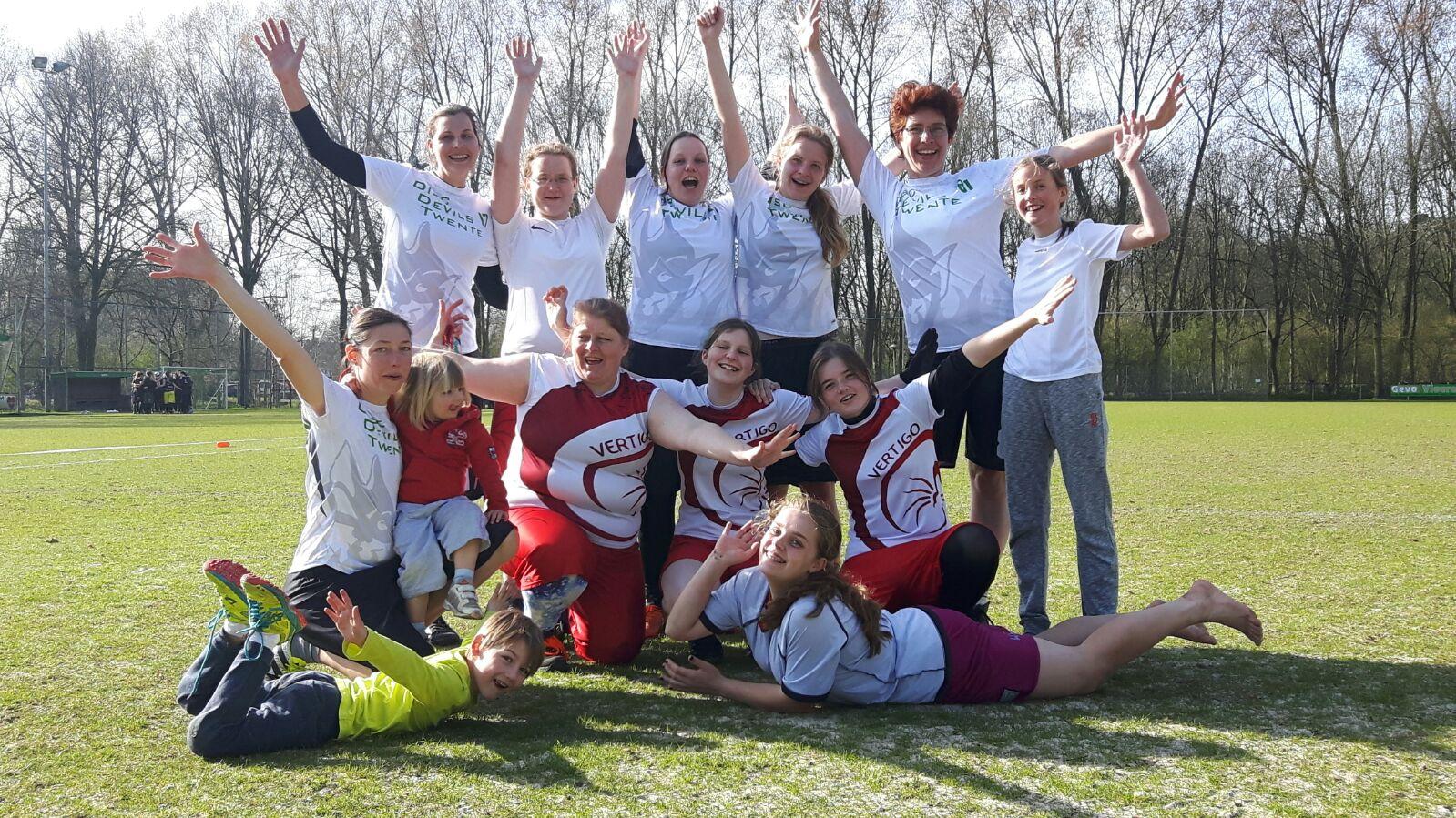 Ultimate Frisbee Damescompetitie Disc Devils Twente Vertigo Verslag damescompetitie Utrecht 26 maart 2017